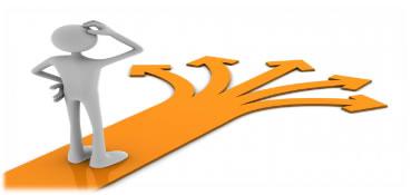 Figura de una persona indecisa con varios caminos en diferentes direcciones a escojer