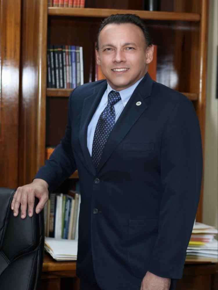 Dr. Carlos A. Andújar Rojas